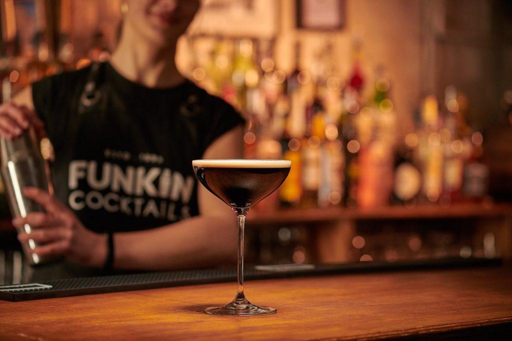 Espresso Martini Serve